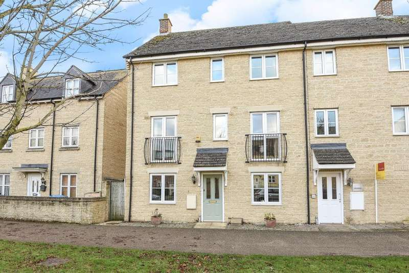 5 Bedrooms House for sale in Ash Avenue, Carterton, OX18