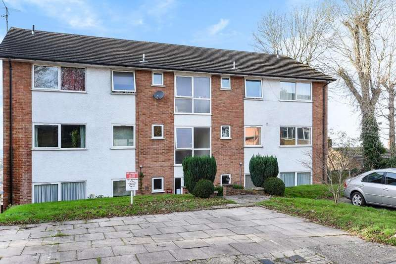 2 Bedrooms Flat for sale in Chesham, Buckinghamshire, HP5