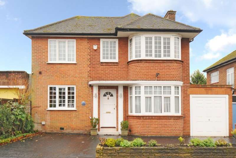 4 Bedrooms Detached House for rent in Wemborough Road, Stanmore, HA7