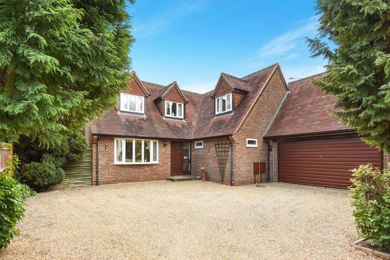 4 Bedrooms Detached House for sale in Mill Lane, Weston Turville, HP22