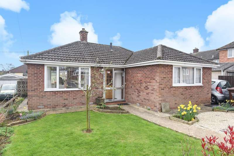2 Bedrooms Detached Bungalow for sale in Yarnton, Oxfordshire, OX5