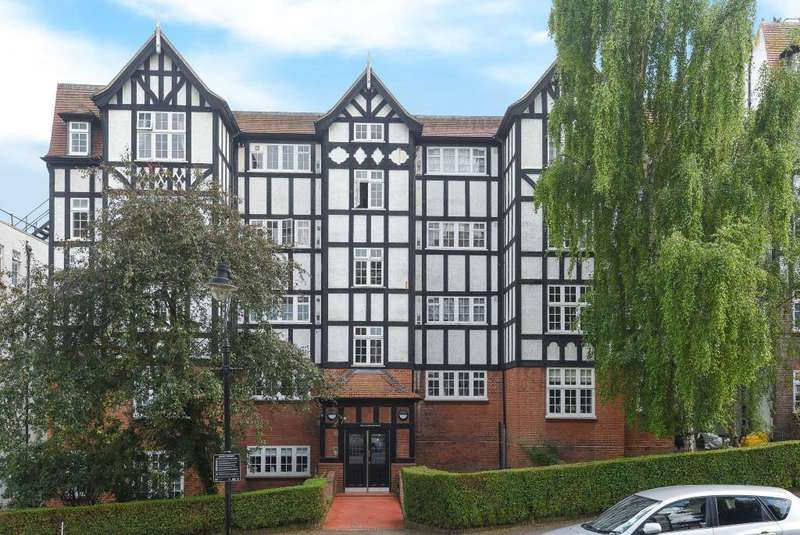1 Bedroom Flat for sale in Holly Lodge Mansions, Oakeshott Avenue, Highgate, N6