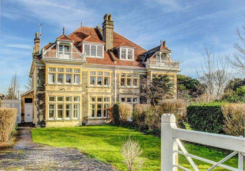 6 Bedrooms Semi Detached House for sale in Cotham Park, Cotham