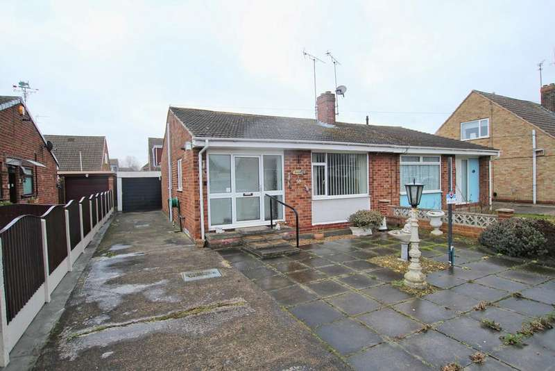 2 Bedrooms Bungalow for sale in Chestnut Avenue, Beverley , Beverley , HU17