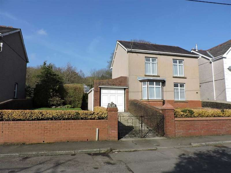 3 Bedrooms Detached House for sale in Clare Road, Ystalyfera