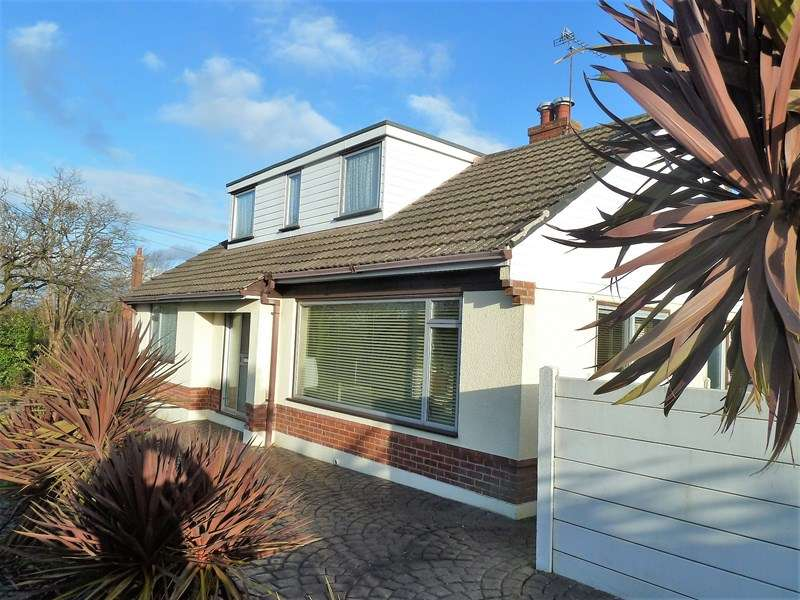 3 Bedrooms Bungalow for sale in Hyde Road, Kinson, Bournemouth