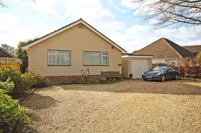 2 Bedrooms Detached Bungalow for sale in Cull Lane, New Milton