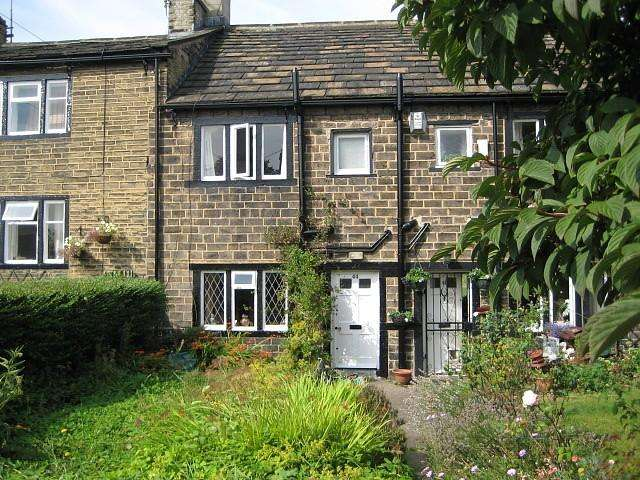 2 Bedrooms Terraced House for rent in Pullan Street, Bradford, West Yorkshire