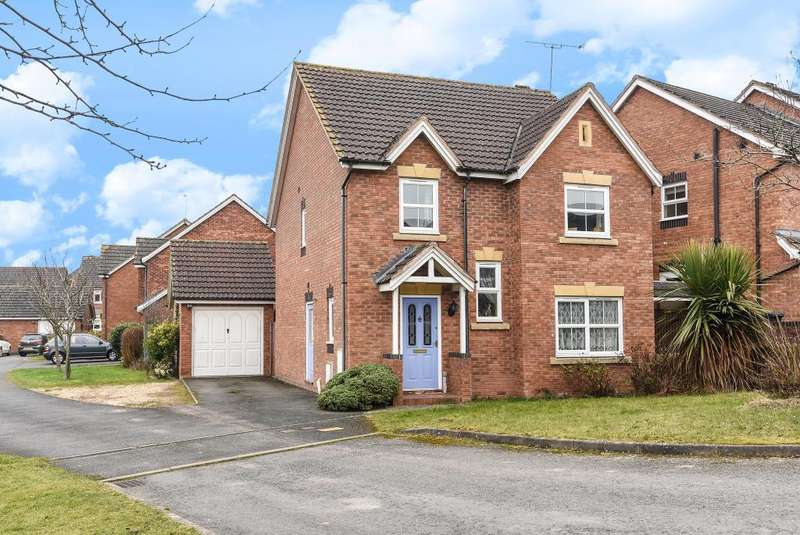 4 Bedrooms Detached House for sale in Leominster, Herefordshire, HR6
