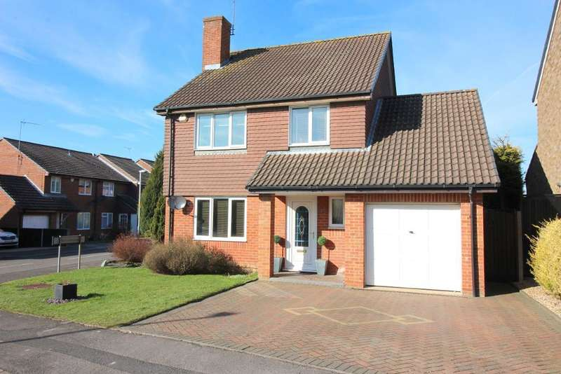 4 Bedrooms Detached House for sale in Chard Drive, Luton, Bedfordshire, LU3 4EQ