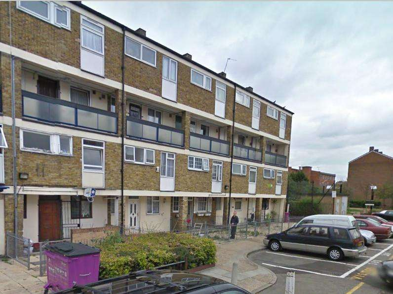 3 Bedrooms Flat for sale in Brock Place, Bow, London, E3 3QU