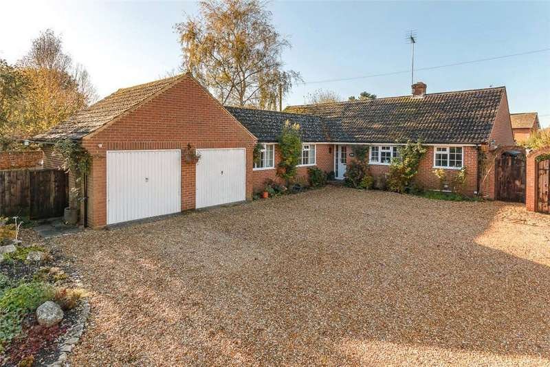 4 Bedrooms Bungalow for sale in Witts End, West Overton, Marlborough, Wiltshire, SN8