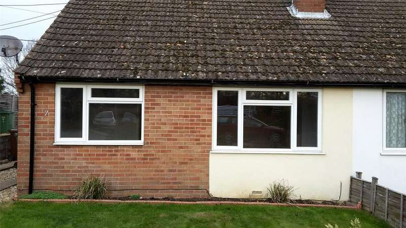2 Bedrooms Semi Detached Bungalow for rent in Tiddington, Thame, Oxfordshire