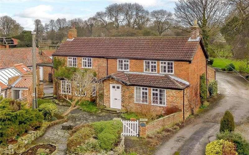 4 Bedrooms Detached House for sale in Woodpecker Cottage, Kirklington, Near Bedale, North Yorkshire, DL8
