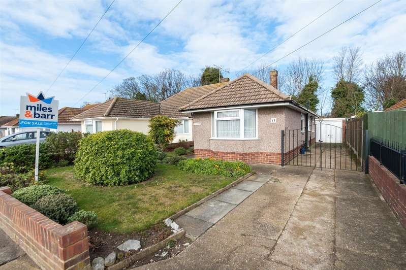 2 Bedrooms Semi Detached Bungalow for sale in Ursuline Drive, Westgate-On-Sea