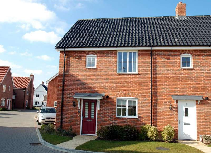 3 Bedrooms Terraced House for sale in Windmill Loke, North Walsham