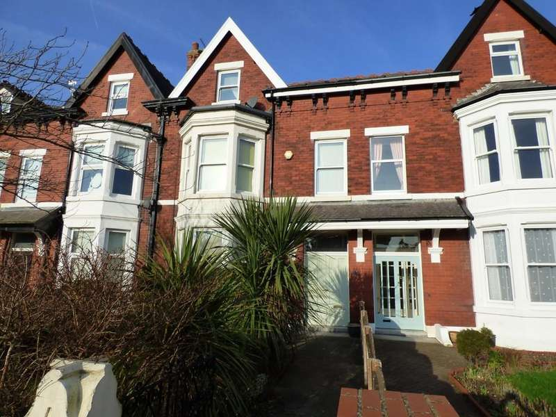 6 Bedrooms Terraced House for sale in Osborne Road, St.Annes On Sea