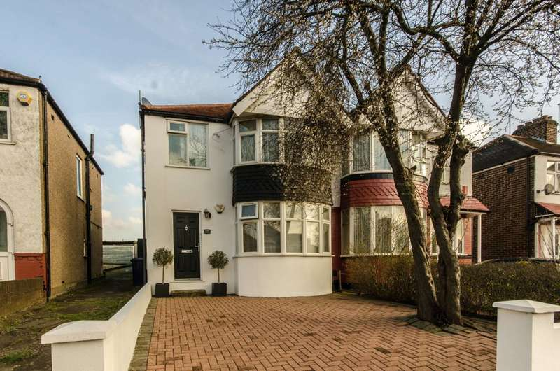 2 Bedrooms Flat for sale in Rydal Crescent, Perivale, UB6