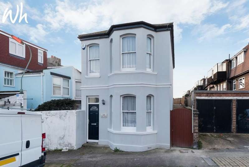 3 Bedrooms Detached House for sale in Sheridan Terrace, Hove BN3