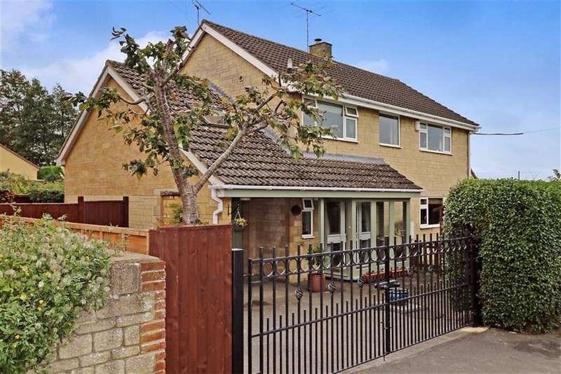 4 Bedrooms Detached House for sale in Selwyn House, Pool Gastons Road, Malmesbury, Wiltshire