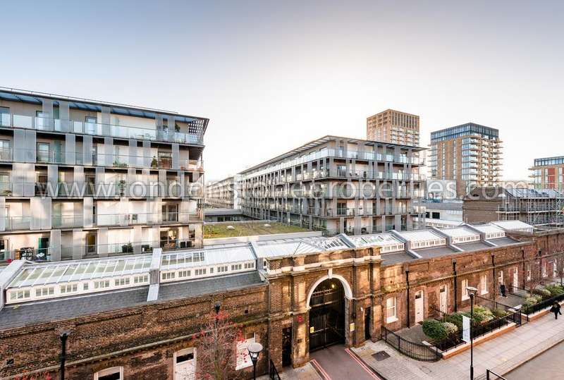 2 Bedrooms Flat for sale in Warehouse Court, Royal Arsenal Riverside SE18