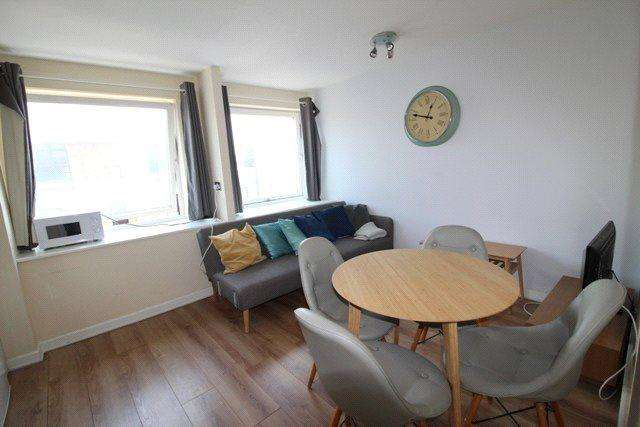 2 Bedrooms Apartment Flat for rent in Newport Court, London, WC2H