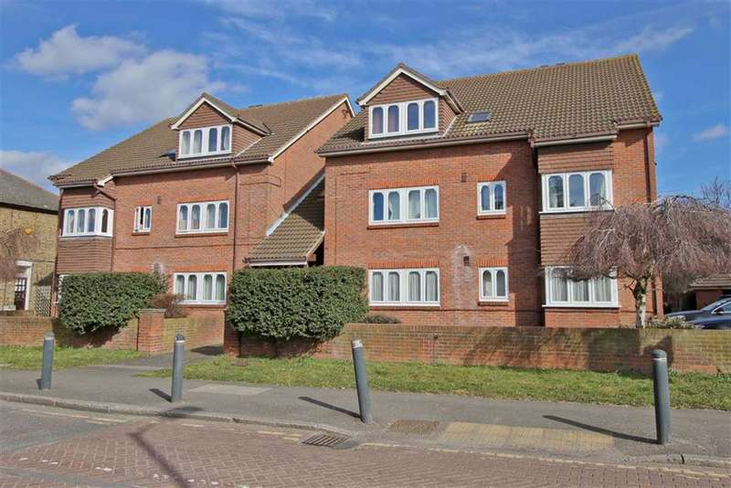 2 Bedrooms Apartment Flat for rent in Copeswood Court, Sipson, West Drayton