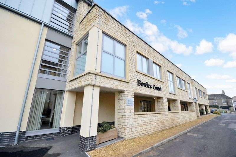 2 Bedrooms Property for sale in Westmead Lane, Chippenham