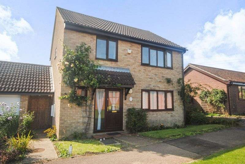 4 Bedrooms Property for sale in Gunton Road, Loddon