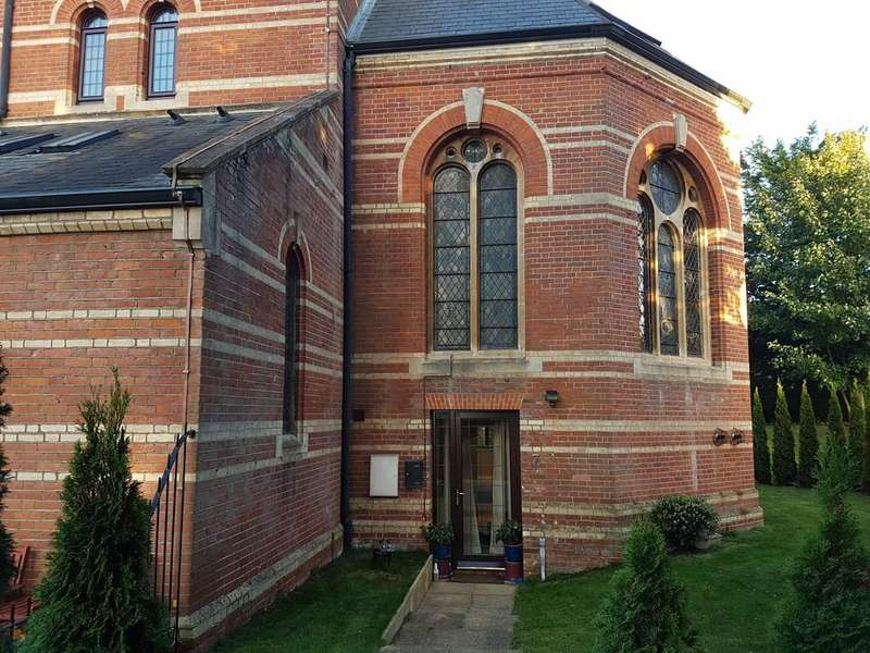 2 Bedrooms Maisonette Flat for sale in The Chapel, Godfrey Gardens, Chartham