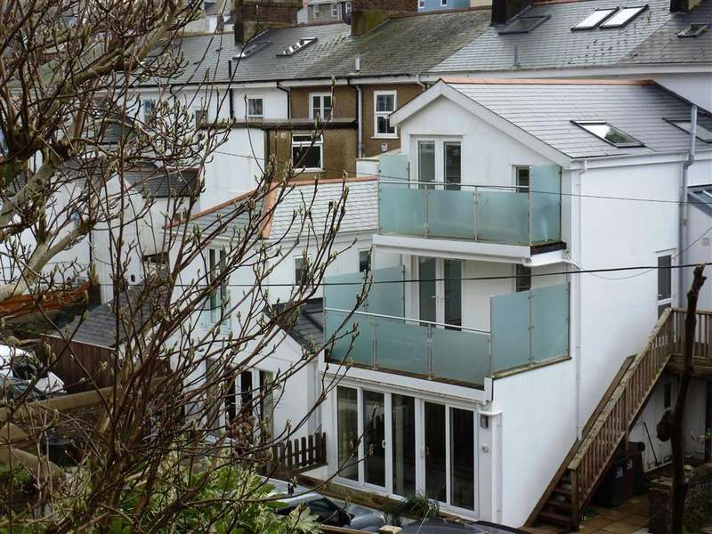 2 Bedrooms Apartment Flat for rent in Victoria Road, Dartmouth, Dartmouth, Devon, TQ6