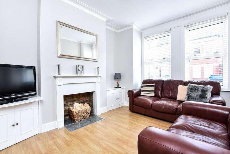 2 Bedrooms Maisonette Flat for sale in Leverson Street, Streatham