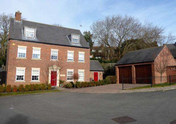 4 Bedrooms Detached House for sale in Child Close, Melton Mowbray, LE14