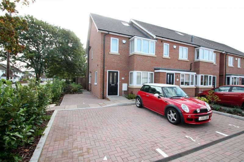 3 Bedrooms House for rent in St Davids Close, Stanwell, Staines-Upon-Thames, TW19