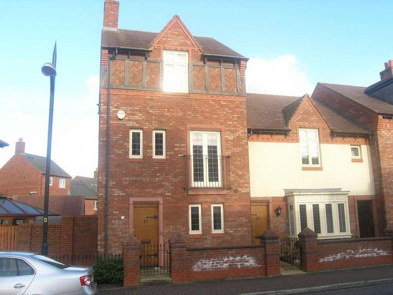 4 Bedrooms Mews House for rent in Archers Green Road, Kingswood, Warrington
