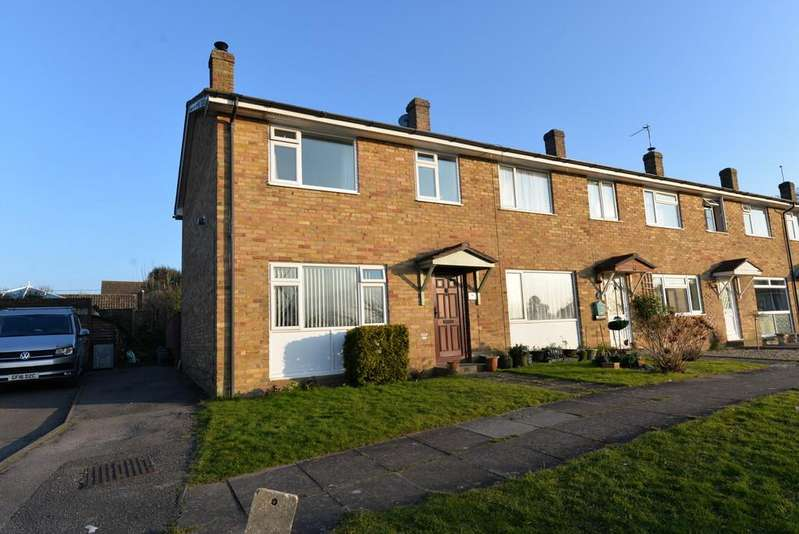 3 Bedrooms End Of Terrace House for sale in Willowdene Close, New Milton