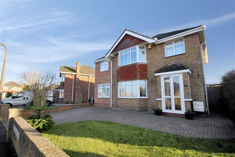 5 Bedrooms Detached House for sale in Thurlestone Road, Parklands, Old Walcot Area, Swindon