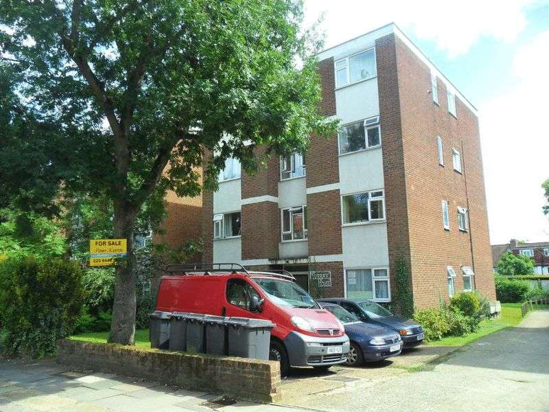1 Bedroom Property for sale in Torrington Park, London