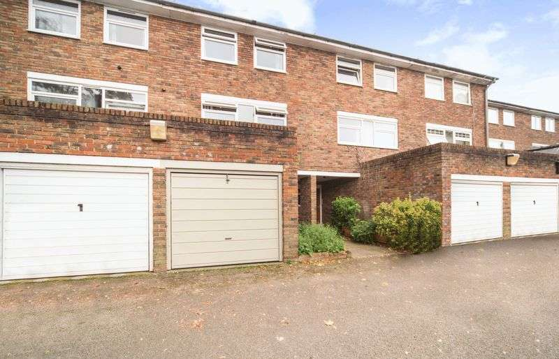 4 Bedrooms Property for sale in Tulse Hill, London