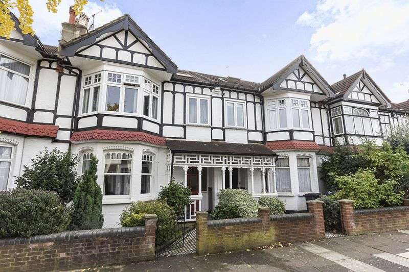 3 Bedrooms Property for sale in Lancaster Gardens, London
