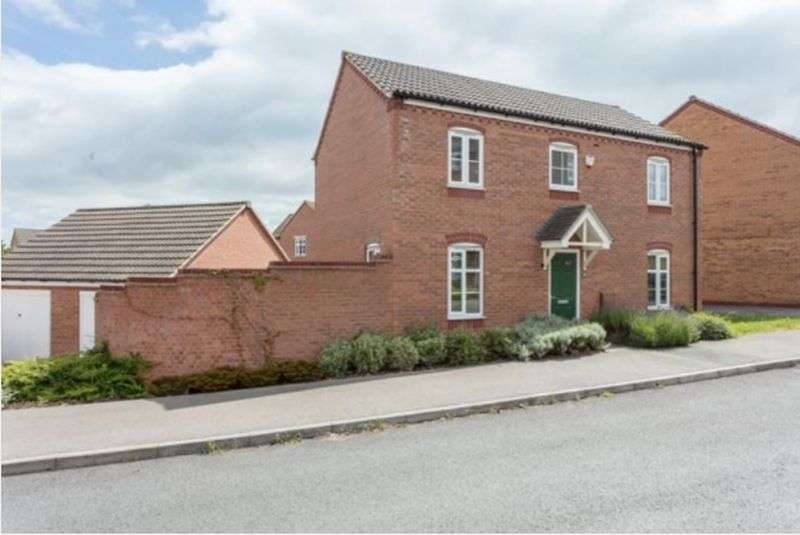 3 Bedrooms Property for sale in Swallow Crescent, Nottingham