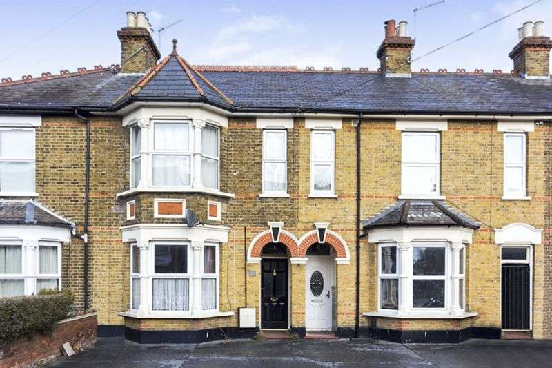 1 Bedroom Property for sale in Turners Hill, Cheshunt
