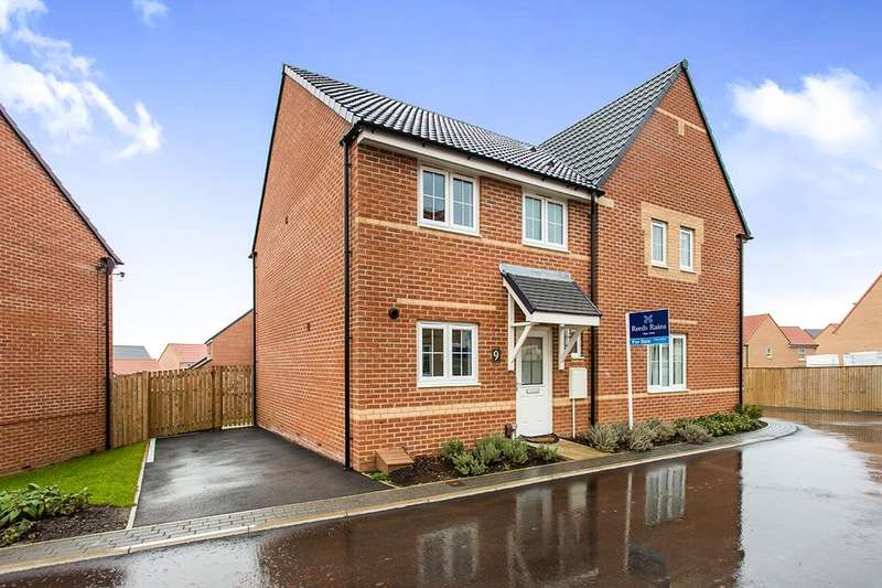 3 Bedrooms Semi Detached House for sale in Dempsey Close, Wakefield, WF2