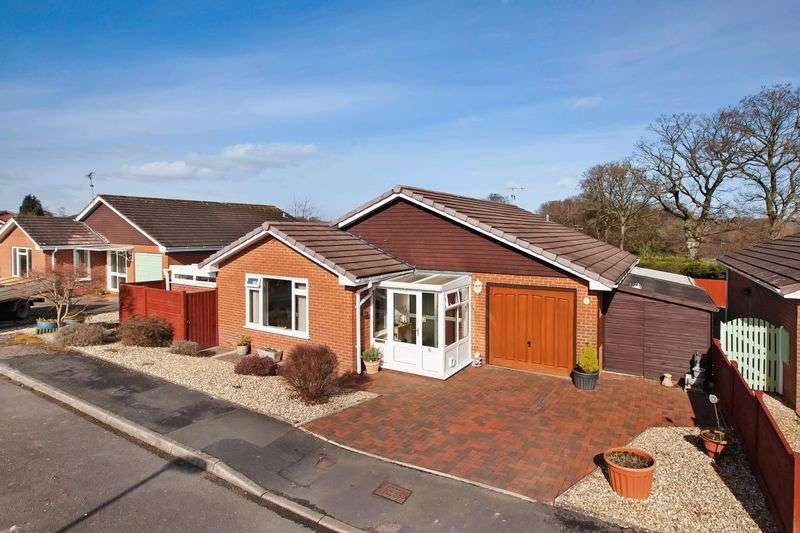 3 Bedrooms Property for sale in Rippon Close, Tiverton