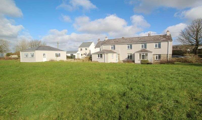 3 Bedrooms Property for sale in Lower Penhale, St Columb