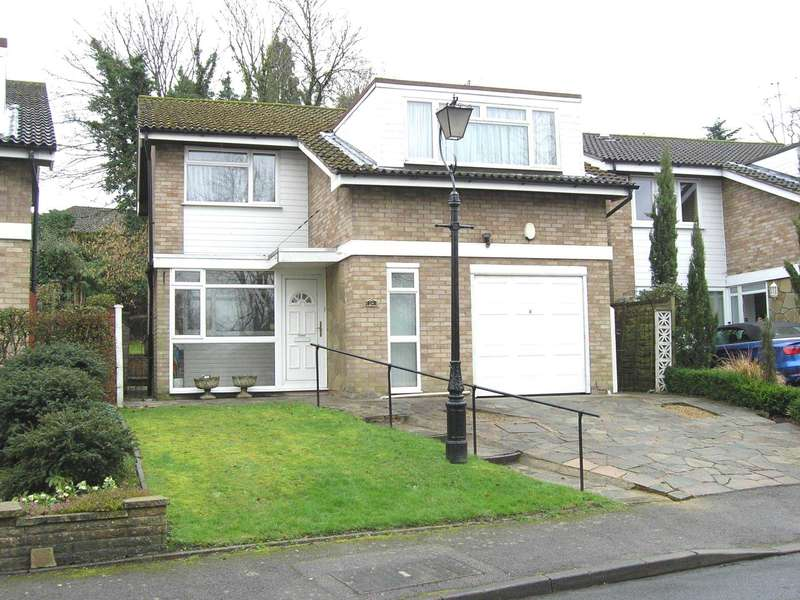 4 Bedrooms Detached House for sale in Risingholme Close, Bushey Heath