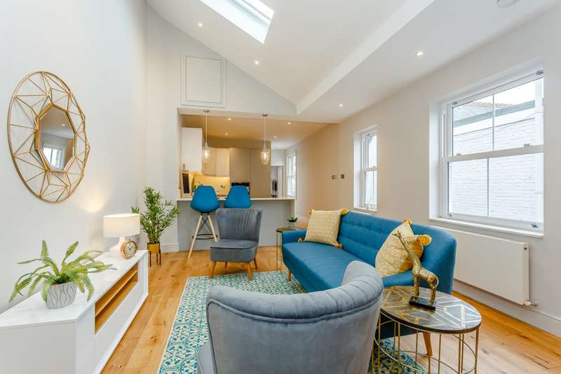 2 Bedrooms Apartment Flat for sale in Teddington