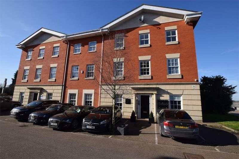 2 Bedrooms Flat for sale in Regency House, Radford Way, BILLERICAY