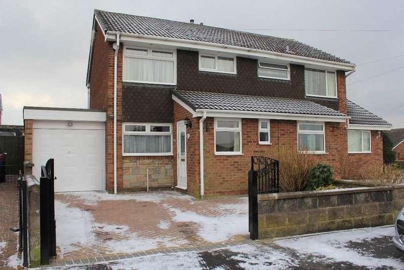 3 Bedrooms Semi Detached House for rent in Fenlow Avenue, Eaton Park, Bucknall, Stoke On Trent, ST2 9NE