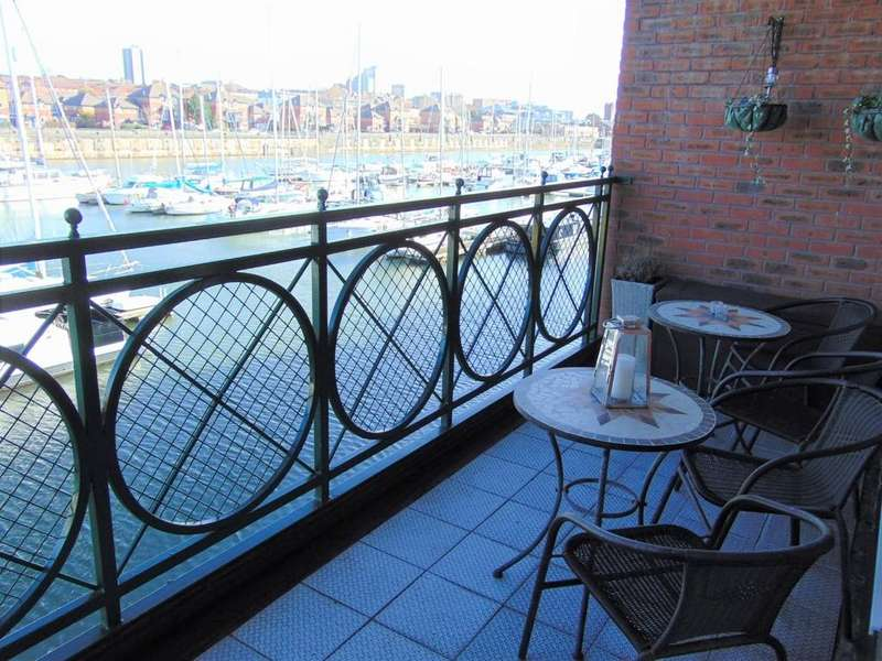 3 Bedrooms Apartment Flat for sale in South Ferry Quay